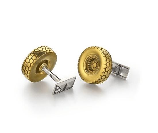 Золотые колеса как мотив украшений