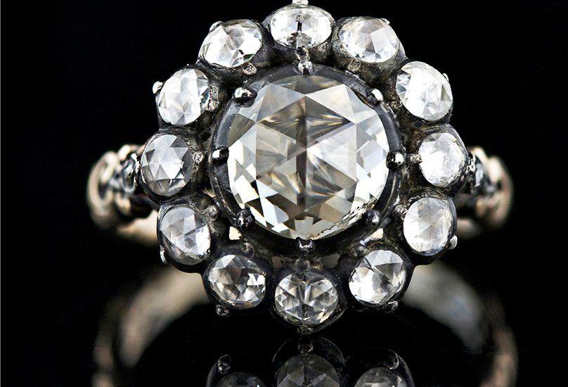 Почему цена старинных бриллиантов невысокая?