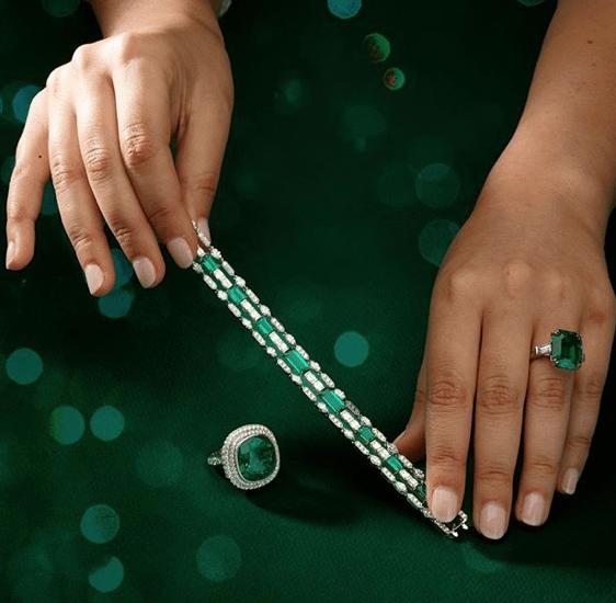 Как правильно выбрать ювелирное украшение, чтобы оно не стало дешевле?