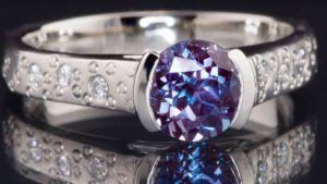 Как определить, какой камень в украшении