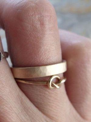 Что делать, если обручальное кольцо стало велико по размеру?