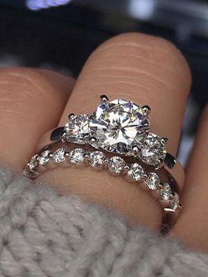 Как выбрать кольцо для помолвки с бриллиантами?