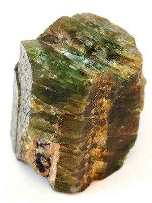 «Обманщик» апатит: свойства, применение, стоимость камня