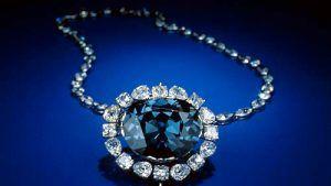 Легенды о четырех «проклятых» драгоценных камняхv