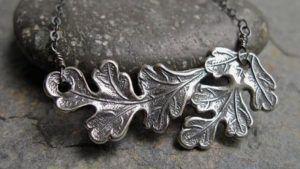 Как очистить серебро от черноты и налета?