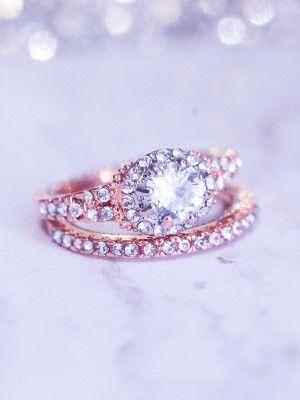 Обручальное кольцо с бриллиантами: как выбрать роскошные кольца на свадьбу?