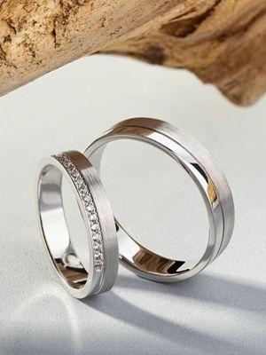 парные кольца с фианитами