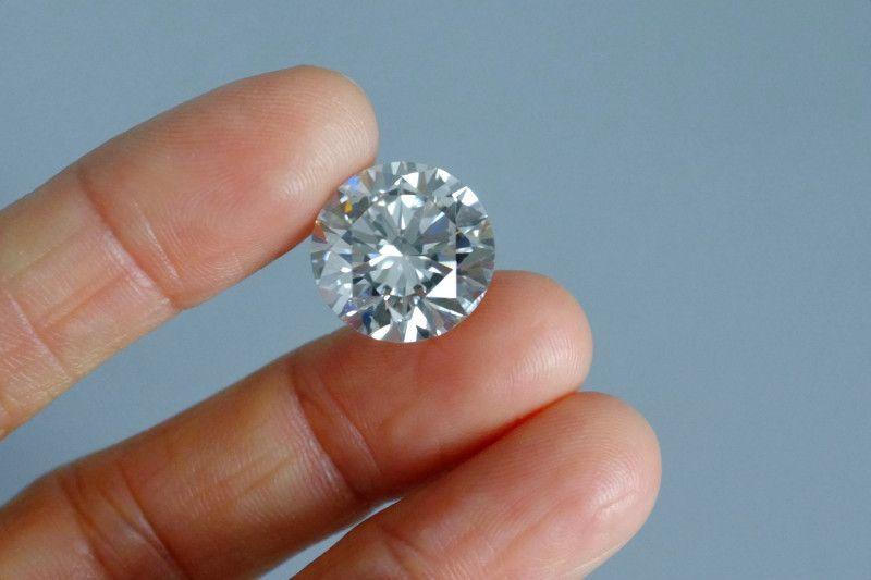 Бриллианты действительно редки? О популярности бриллиантов