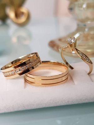 с какими камнями выбрать кольца на свадьбу