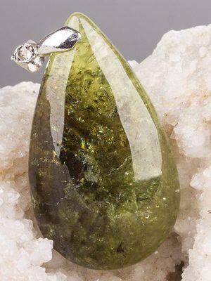 зеленый гроссуляр