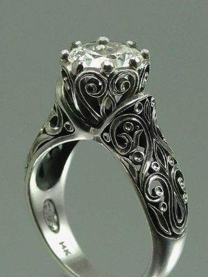 фигурное кольцо из серебра
