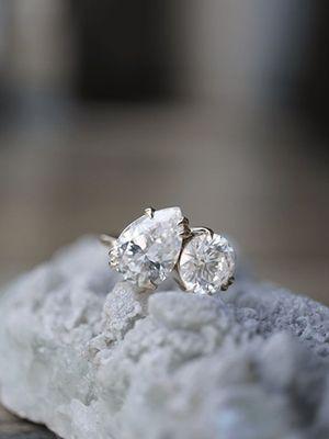 Как отличить настоящий бриллиант от подделки?