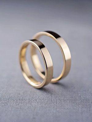 классические обручальные кольцо из желтого золота