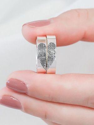 обручальные кольца с отпечатками пальцев в виде сердца