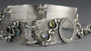 Какие серебряные украшения сейчас в моде
