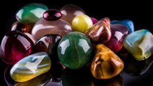 Магические свойства камней в украшениях: талисманы для здоровья, любви и процветания