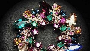 Стразы и композитные камни в ювелирных украшениях