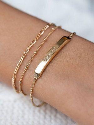 Золотые браслеты: как выбрать и с чем носить украшение