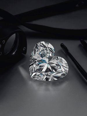Почему алмаз останется самым дорогим камнем