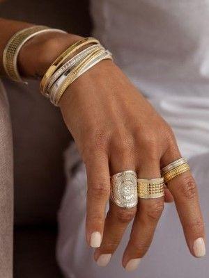 украшения на женской руке