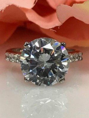 цветной бриллиант