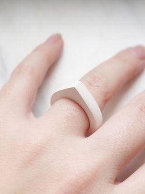 кольцо из керамики