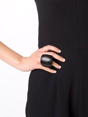 массивное женское кольцо