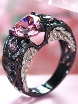 темное кольцо из золота