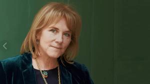Ханна Мэри Ротшильд и ее фальшивые украшения, купленные в интернете
