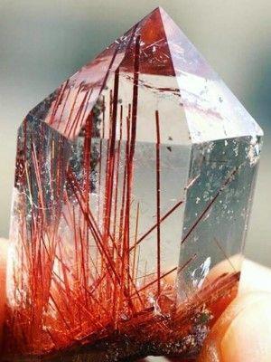 фото необычного камня