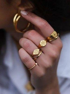 кольца и серьги из золота