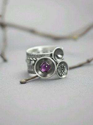 фото кольца с камнем
