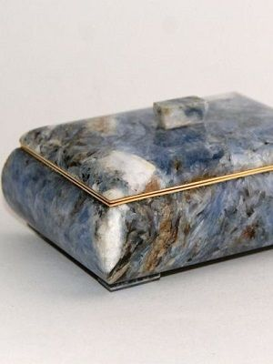 шкатулка из камня