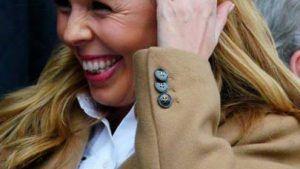Обручальные кольца с цветными драгоценными камнями
