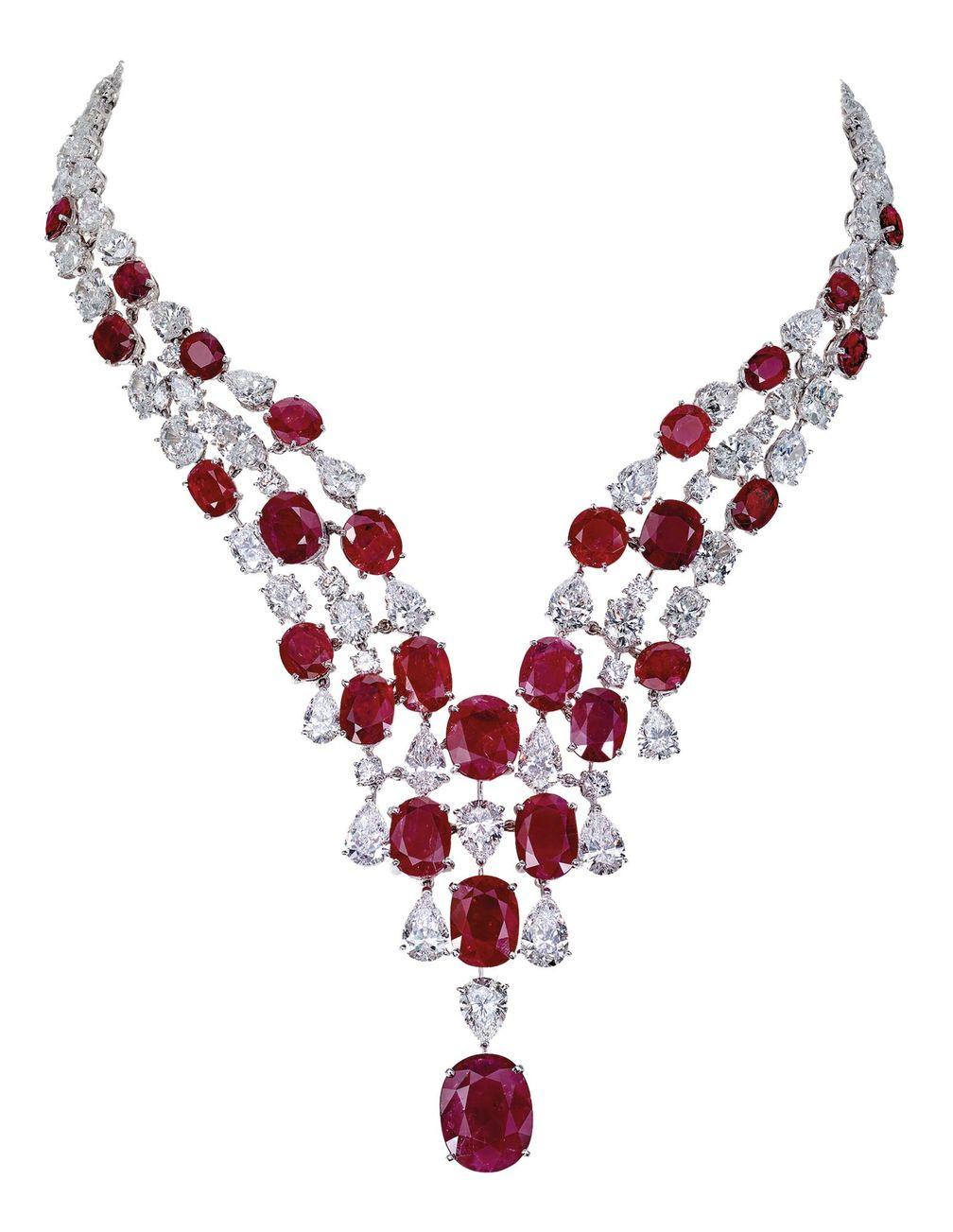 Модернизированные ожерелья Moussaieff, с рубинами