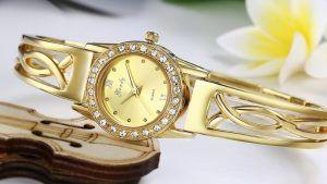 Как выбрать золотые наручные часы?