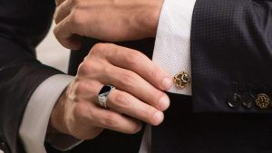 Мужские украшения для стильных и сильных