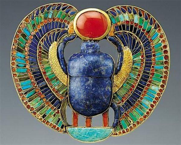 Возрождение ювелирных изделий: египетский стиль