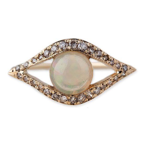 Кольцо-глаз от Jacquie Aiche из розового золота с опалом и бриллиантами