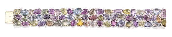 Браслет из платины с разноцветными сапфирами огранки роза, круглыми бриллиантами и бриллиантами огранки маркиз
