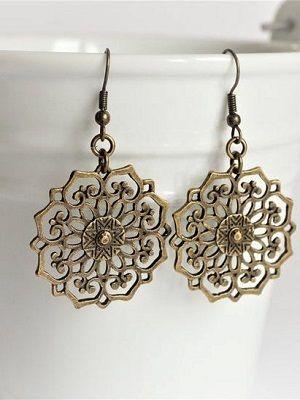 Выбираем бронзовые ювелирные украшения