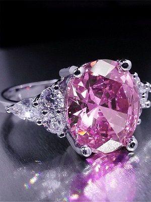Какие существуют драгоценные камни розового цвета?