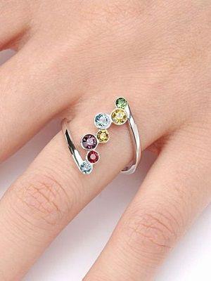 Как выбрать кольца с разными камнями?