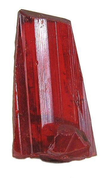 Этот образец реальгара с ярко-красными оттенками и фантастическим блеском будет отлично смотреться в любой коллекции