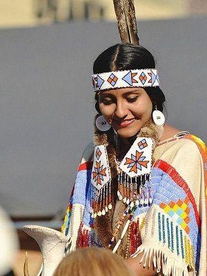 индейская девушка