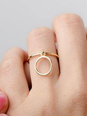 золотое кольцо с подвеской