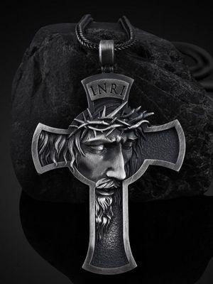 кулон в форме креста