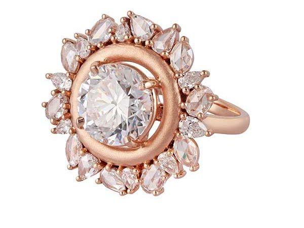 5 необычных обручальных бриллиантовых колец