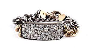 Мнения 5 экспертов о бриллиантовых украшениях в преддверии праздников