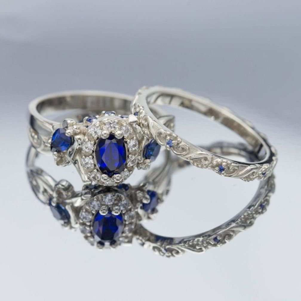 В этом свадебном наборе представлены элементы дизайна многих эпох